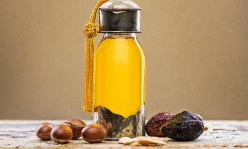 Argan Yağı : Bedeninizi Olduğu Kadar Ruhunuzuda İyi Hissettiren Bir Sağlık Ürünü